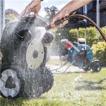 husqvarna automower 305 test rengöring klipper gräs